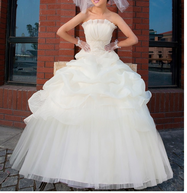 Vintage Wedding Dresses Melbourne  : About me pricing wedding dress trend recommendation contact
